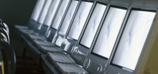 Blogging Screens Featured